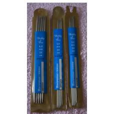 HOBBY & PRO sharp double point stainless steel knitting needles, 20 cm long.