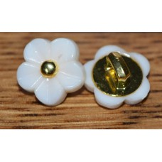 11 mm Flower buttons   (cream )